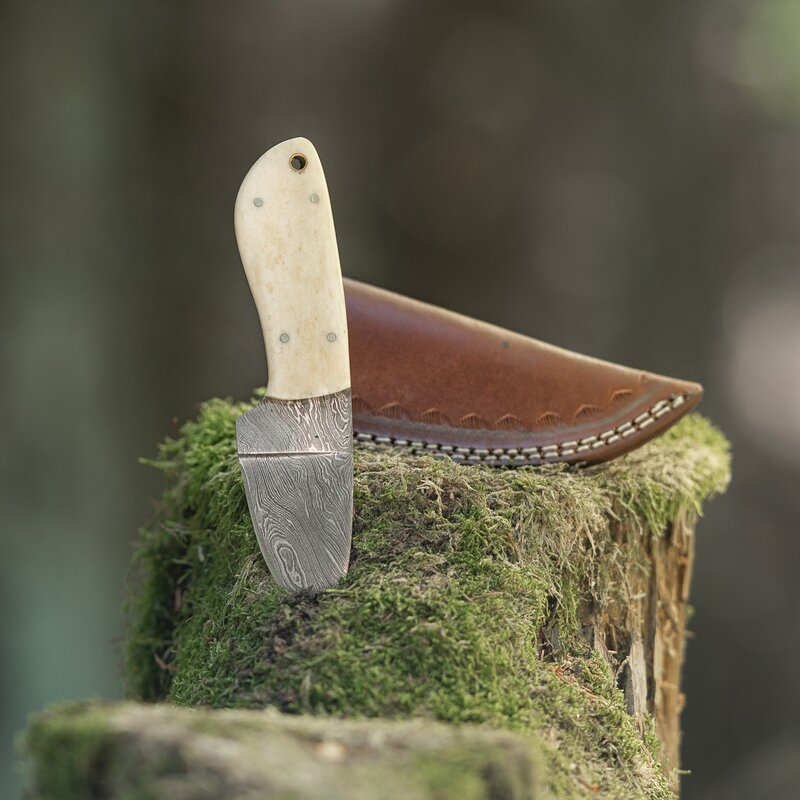 elTORO Skinner Bone - Skinning Knife made of Damascus Steel - 8.5cm - incl. Leather Sheath