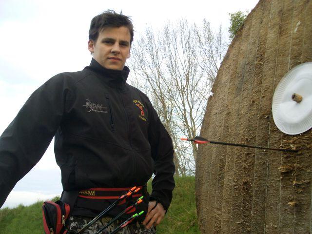 Compoundschütze Friedrich Düsel bei der Landesmeisterschaft Feld/Wald in Keez 2015