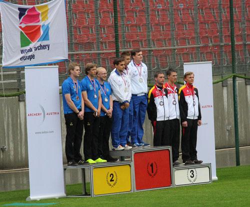 Leon Hollas mit der Mannschaft beim 1st European Youth Cup 2015 in Klagenfurt, Österreich