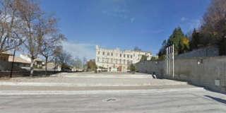 Der Platz vor dem Paläst der Päpste in Avignon, Frankreich