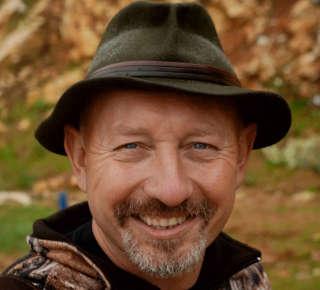 Weiht in die Geheimnisse des Instinktiven Bogenschießen ein: Henry Bodnik