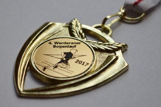Gold für Marco beim 4. Werderaner Bogenlauf - schicke Medaille!
