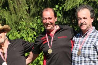 Franz Reinprecht freut sich über seine Goldmedaille bei der ÖM 2017