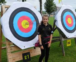 Jona Sophie Müller trifft in's Gold und schießt drei neue deutsche Rekorde!