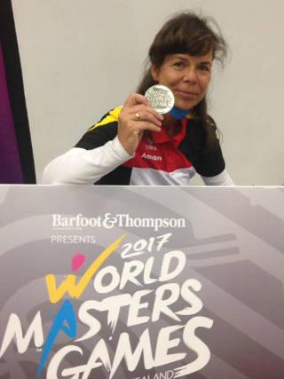 Annedore Röbisch erzielt Silber bei den World Master Games in Auckland, Neuseeland