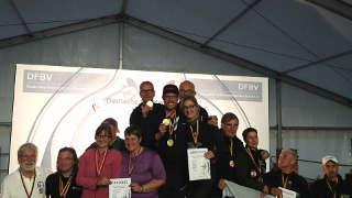 So sehen Team-Sieger aus - Glückwunsch an den Krefelder SSK
