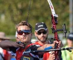 Moritz Wieser holt Doppel-Gold in Hallbergmoos und schießt sich nach Argentinien