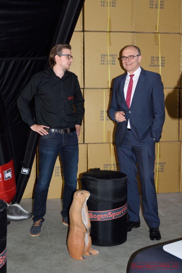 Vorschau Messe-Projekt: Die BogenSportWelt präsentiert sich ab 2016 auf Bogensport-Messen in Deutschland und Europa.