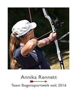 Jagdbogenschützin Annika Rennett