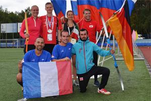Die Teams aus Deutschland, Frankreich und Georgien beim International Run-Archery Cup 2015 in Kaluga, Russland