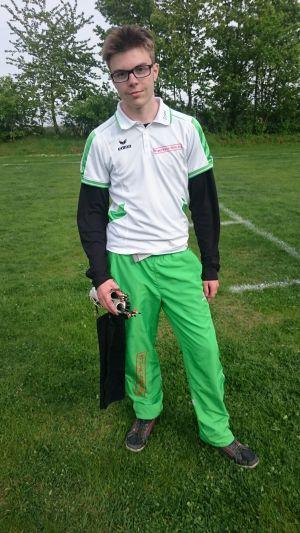 Compoundschütze Toni Bellmann beim 26. Pokalwettkampf in Dresden 2015