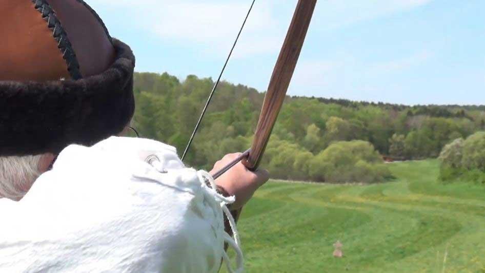 Bogenschütze auf dem Burg Stargarder Castle Shoot 2015