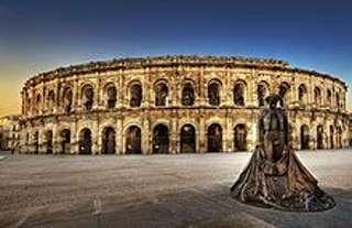 Die Arena in Nimes lässt Vergangenheit atmen