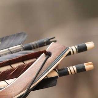 Interessant: die Wurfarmenden der neuen Jackalope Horsebows