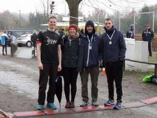 Marco mit seiner Laufgruppe von den Werderaner Bogenschützen