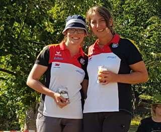 Daniela mit ihrer Kaderkollegin Bianca Speicher, die Zweite wurde