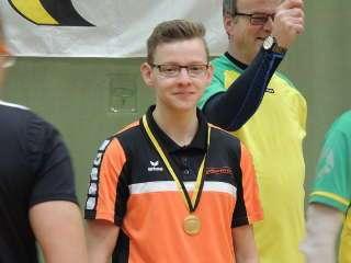 Hannes Hecht wurde in Wernigerode mit 410 Punkten Landesmeister u20 Blankbogen