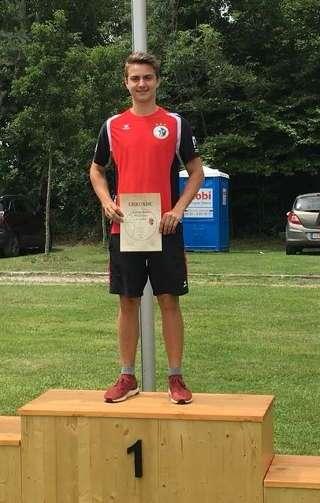 Moritz Wieser schoss auf dem Zirbelnussturnier eine neue 70m Bestleistung - Glückwunsch!