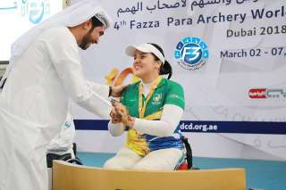 Internationale Glückwünsche zu Gold für Jane Karla Rodriuges Gögel beim 4. Para Archery World Ranking Tournament in Dubai