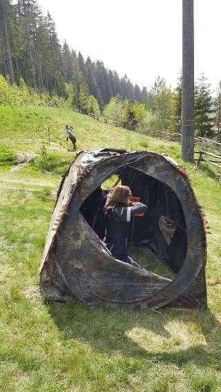 Besondere Herausforderung: Schießen aus einem Zelt heraus