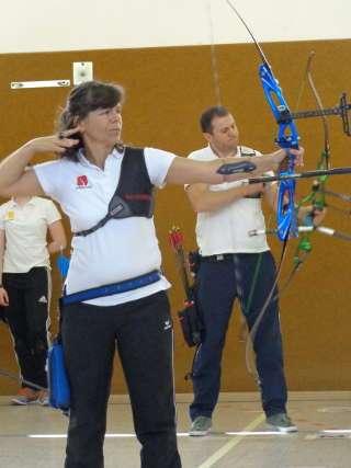 Annedore Röbisch beim Turnier in Tutow beim Nachhalten