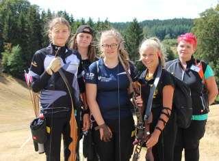 Annika mit ihrer Gruppe auf der DM 3D in Hohegeiß