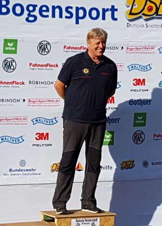 Richard freute sich sichtlich über seinen 1. Platz auf der DM 3D in Hinzweiler