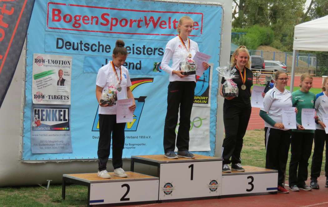 Elsa Neumann kletterte mit neuem Landesrekord ganz oben auf's Treppchen und wurde Deutsche Meisterin DBSV 2018