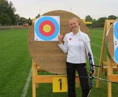 Elsa Neumann freute sich über ihren neuen Landesrekord auf der DM der Jugend in Dessau